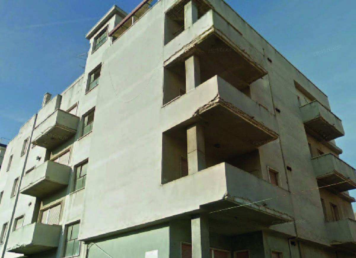 Demolizione e ricostruzione a Pescara